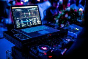 Wedding DJ Panel